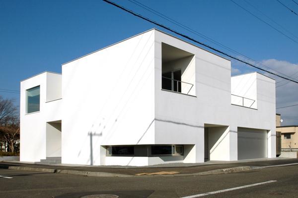 HOUSE ITの部屋 白い外観2