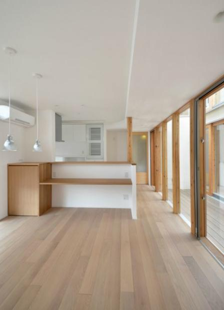 和モダンの家の部屋 キッチン1
