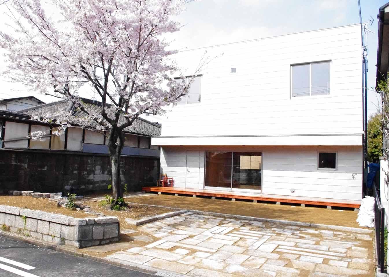 高師浜の住宅 / HOUSE in Takashinohamaの部屋 シンプルな外観