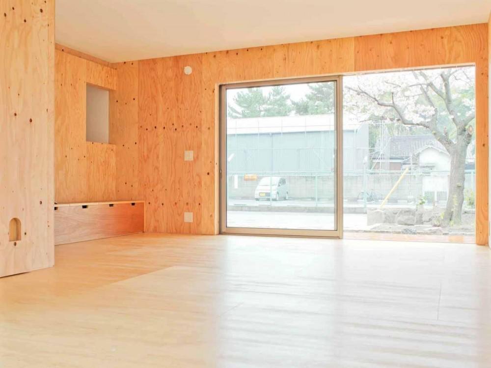 高師浜の住宅 / HOUSE in Takashinohama (リビング1)