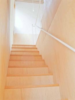 高師浜の住宅 / HOUSE in Takashinohama (階段1)