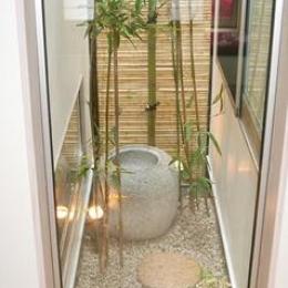 安東の家2(勝又邸) (竹のスクリーンがある庭)