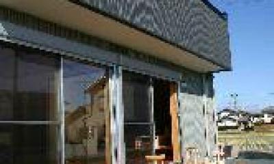 ウッドデッキテラス|木格子の家