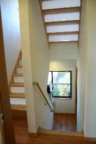 木格子の家の部屋 階段室
