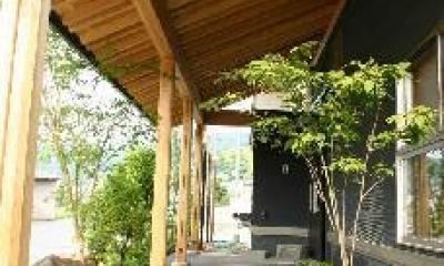 玄関アプローチ|大屋の家