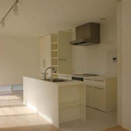 house h (対面式キッチン)