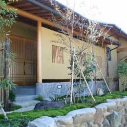 井野元邸 (玄関-外観)