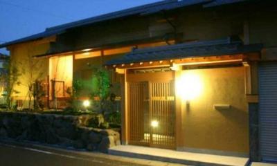井野元邸 (玄関-夜景)