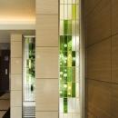 HM賃貸マンションの写真 エントランス-ガラスブロック