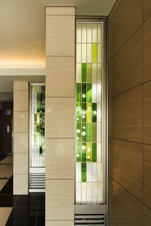 HM賃貸マンションの部屋 エントランス-ガラスブロック