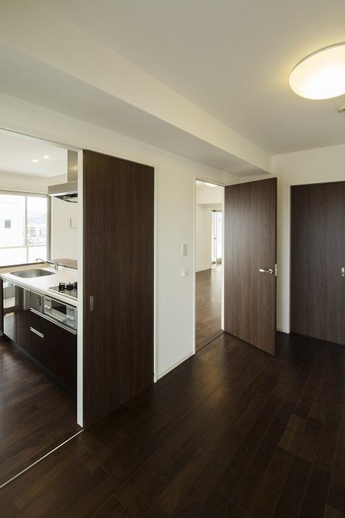 HM賃貸マンションの部屋 room1-リビング入口