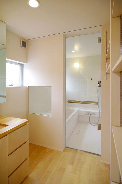西春の家の写真 浴室(撮影:寺嶋梨里)