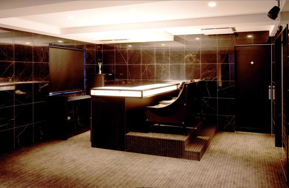 大阪・大理石の家の部屋 ラウンジ1