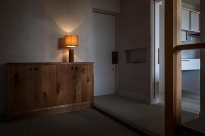 玄関(撮影:Ippei Shinzawa) (富里の家)