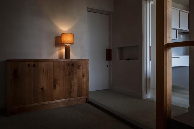 富里の家の部屋 玄関(撮影:Ippei Shinzawa)