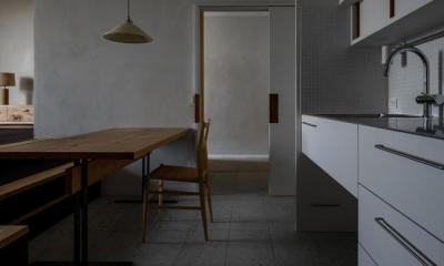 ダイニングキッチン(撮影:Ippei Shinzawa)|富里の家