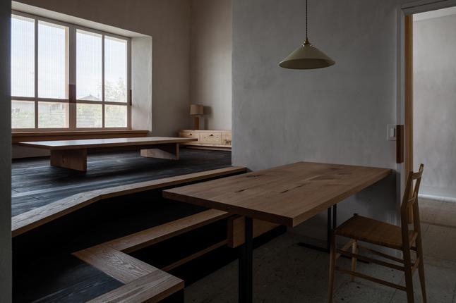 富里の家の部屋 リビングダイニング(撮影:Ippei Shinzawa)