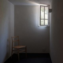 富里の家 (個室1(撮影:新建築社))