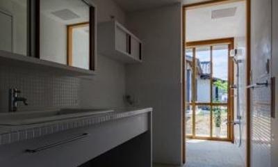 富里の家 (洗面スペース(撮影:Ippei Shinzawa))