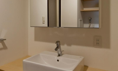 洗面室|引き算の家|シンプル・ナチュラルなマンションリノベーション【京都市】