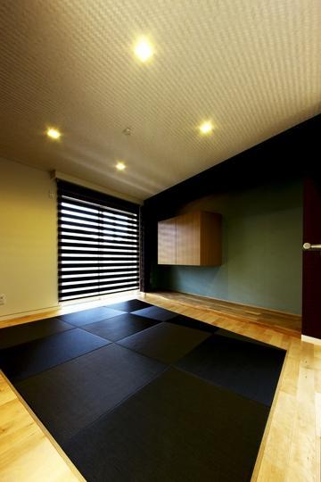 建築家:長坂篤「中庭を回遊する家」