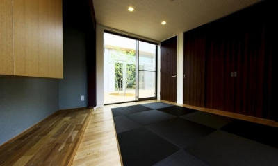 和室2|中庭を回遊する家