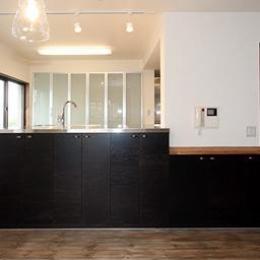 アトリエにモダンリビングを N's HOME (オープンキッチン1)