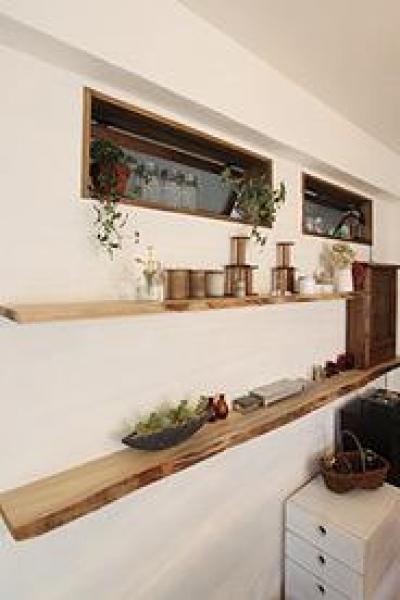 作業部屋-飾り棚 (アトリエにモダンリビングを N's HOME)