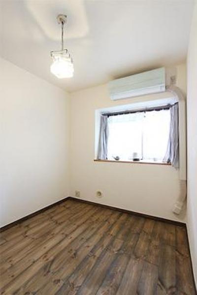 寝室 (アトリエにモダンリビングを N's HOME)