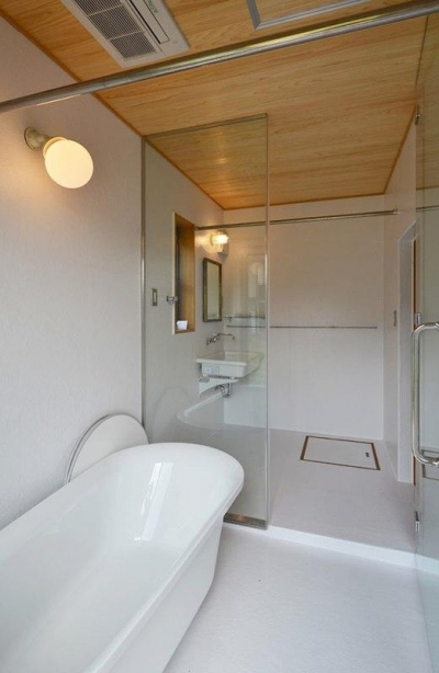 浴室 (瑞浪の家)