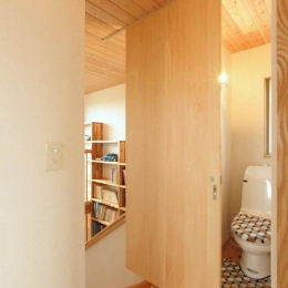 武豊の家 (トイレ)