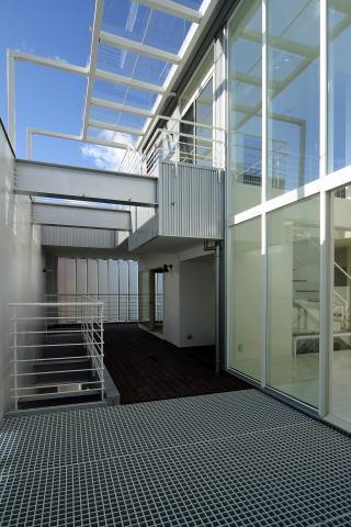 腰浜の家の写真 2階アウタールーム-1