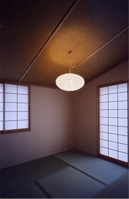 菩提寺の家の部屋 和室(撮影:絹巻豊)