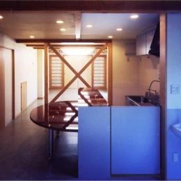 ギャラリーのある家 (1階ギャラリー(撮影:絹巻豊))