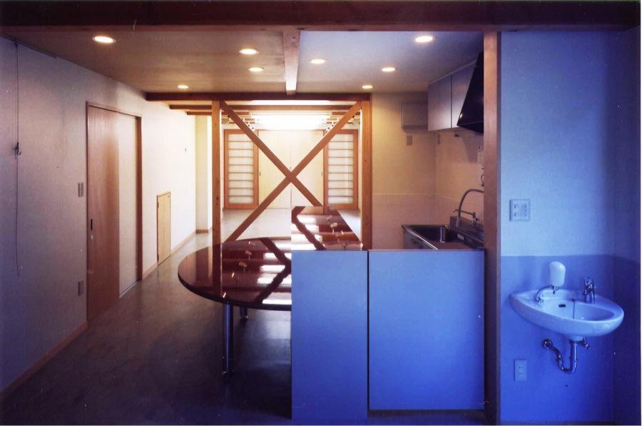 ギャラリーのある家の部屋 1階ギャラリー(撮影:絹巻豊)