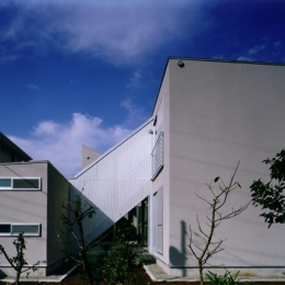 CH5(中庭のある家05) (東側外観)