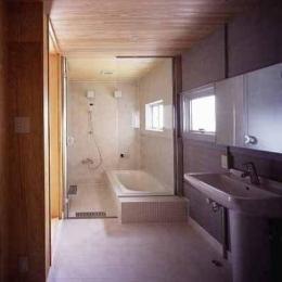 敷地が18坪の家 (浴室・洗面(撮影:市川かおり))