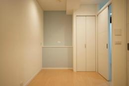 ichijikunoIE (空色の壁の個室)