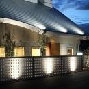 カフェ外観夜景