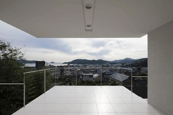 うみそらさんぽの部屋 テラス(撮影:Hiroshi Ueda)