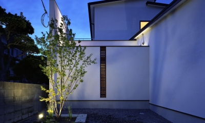 新宮苑の家 House In Shinguen