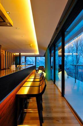 Glass Houseの部屋 キッチンカウンター(撮影:KEN五島)