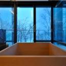 Glass Houseの写真 木の温もり感じる浴室2(撮影:KEN五島)