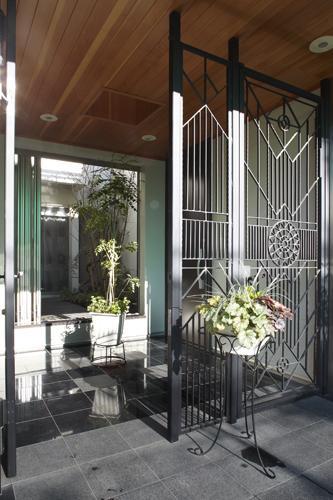 大田区南雪谷 K・H邸の写真 エントランス・中庭