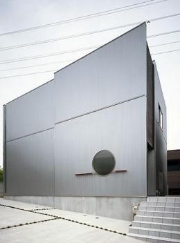 桶狭間の家 (外観-北西側全景(撮影:喜多章))