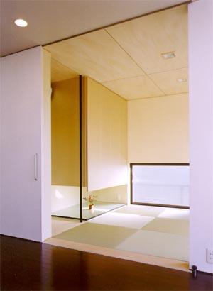 米が瀬町の家の部屋 和室(撮影:喜多章)