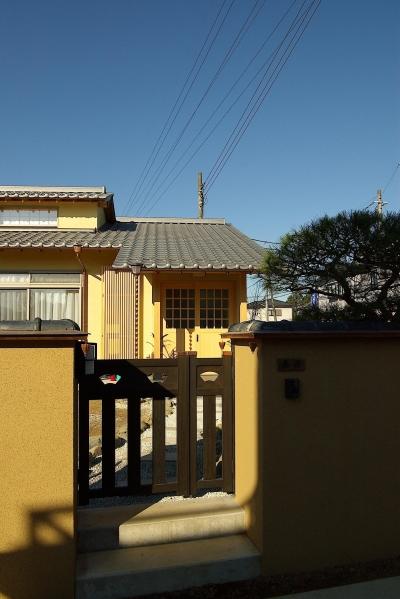 門 (平屋 純和風スタイル 幸せエコ住宅)