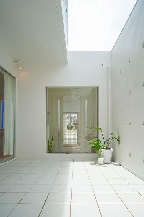 浦添の住宅2の写真 中庭
