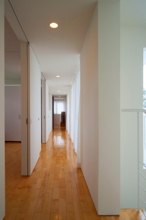 浦添の住宅2の写真 廊下