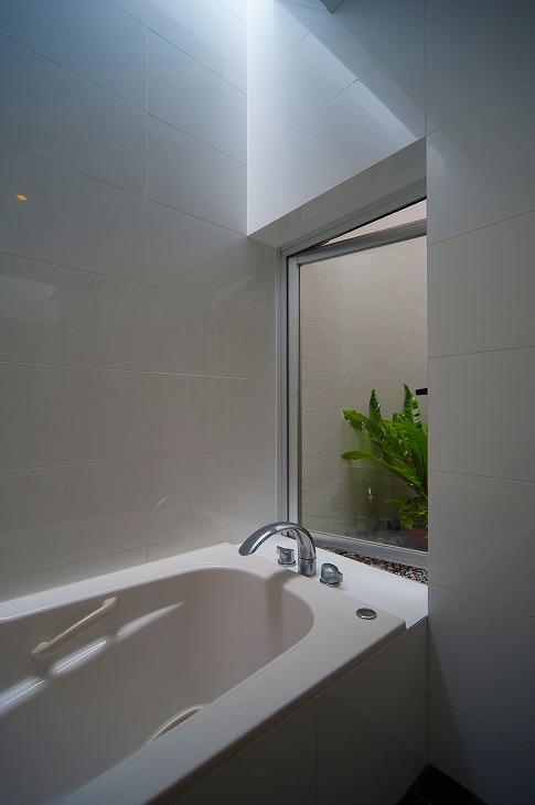 浦添の住宅2の写真 浴室